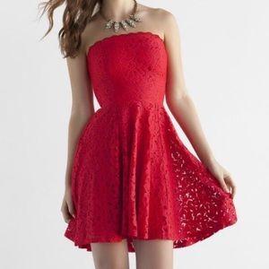 ⚡️Flash Sale!⚡️ Francesca's Red Lace dress